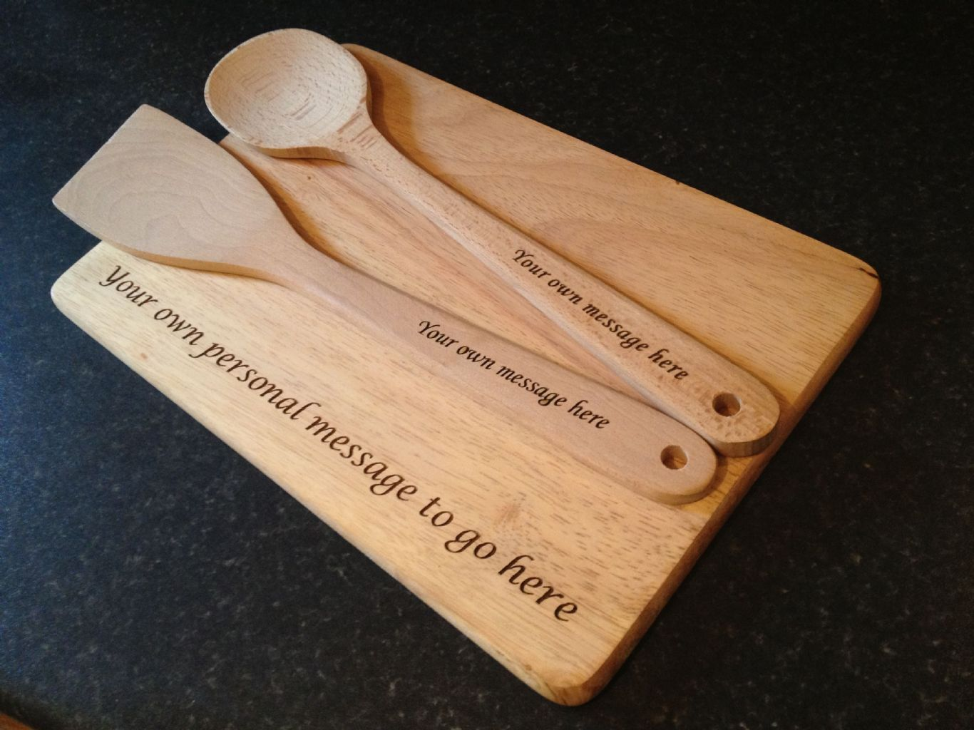 personalised engraved wooden spoon spatula and chopping board [3] 857 p
